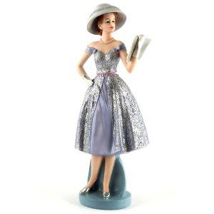 Купить Статуэтка Русские подарки 27667 Мисс изящество 14*9*34 см цвет голубой