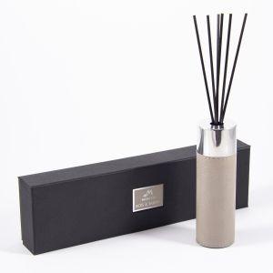 Купить Аромадиффузор Русские подарки 81664 Moretto Bois&Tabac 120 мл