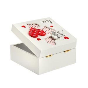 Купить Шкатулка Русские подарки 138557 Любовь 12*12*6 см цвет белый/красный